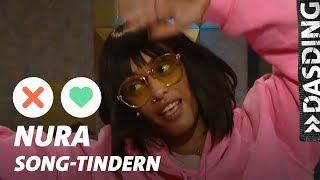 Gambar cover Song-Tindern: Nura – Kuschelworkshops und warum Klick-Rekorde egal sind | DASDING Interview