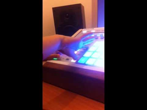 Maschine Beat by Joe (aged 9)