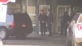 Mayor De Blasio Visits Officer Shot On Staten Island