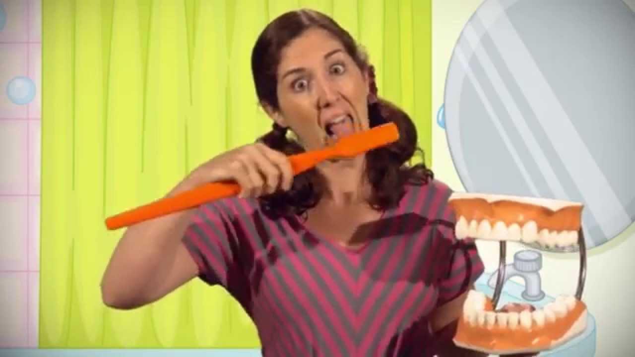 Cómo Cepillarse los Dientes/ How to Brush Your Teeth - SPANISH