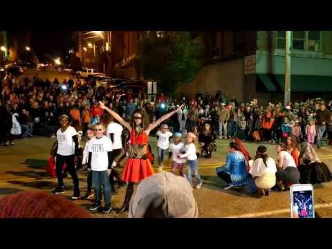 2017 Alton IL 101st Halloween Parade Flash Mob