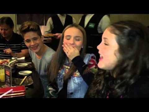 Jantando com Larissa Manoela e João Guilherme