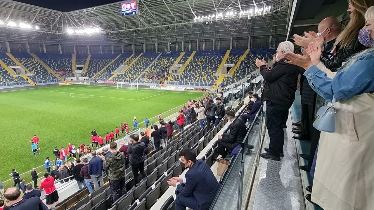 Gençlerbirliği Başkanı Niyazi Akdaş, Boluspor galibiyetini böyle kutladı..