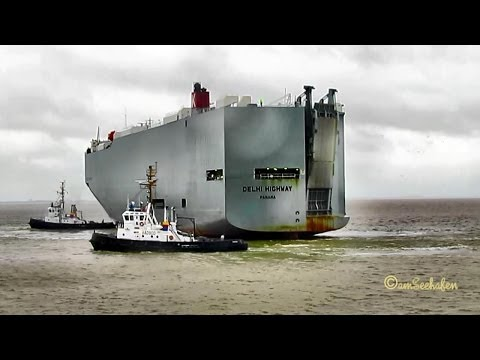 DELHI HIGHWAY 3EVM6 IMO  9536959 Emden Germany Car Carrier Autotransporter with  pilot tugs linesmen