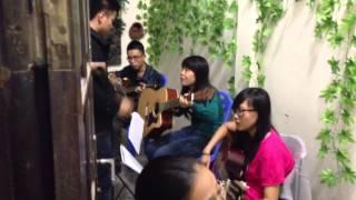 """Lớp Học Guitar """" Đơn Giản Thôi Mà"""" Của Tôi"""