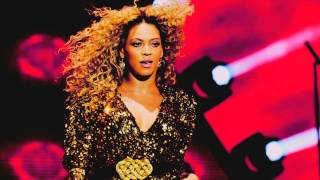 Beyonce -  Sweet dreams (are made of this) live at Glastonbury