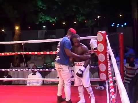 ISAAC DOGBOE VS AMINU TURKSON BY PETER QUAO ADATTOR Isaac gained sixth round technical knockout