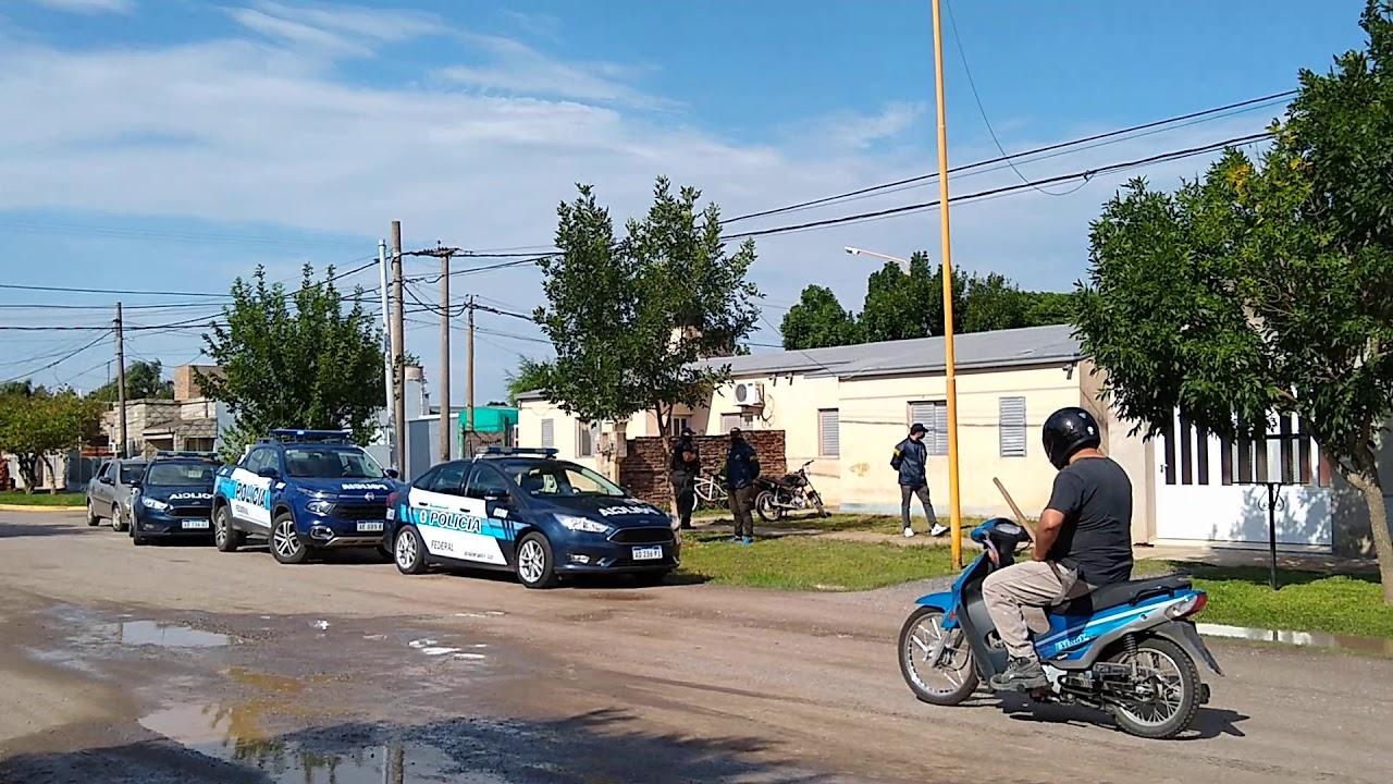 La Policía Federal realizó un allanamiento en Rivadavia al 1600