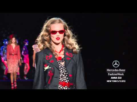 ANNA SUI - MERCEDES-BENZ FASHION WEEK SPRING 2012 COLLECTIONS
