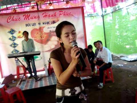 TINH YEU TREN DONG SONG QUAN HO (VIET HA - KHE SANH)