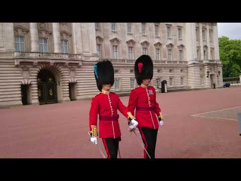 Buckingham Palace - Changing of the Guard (Full Version) [4K