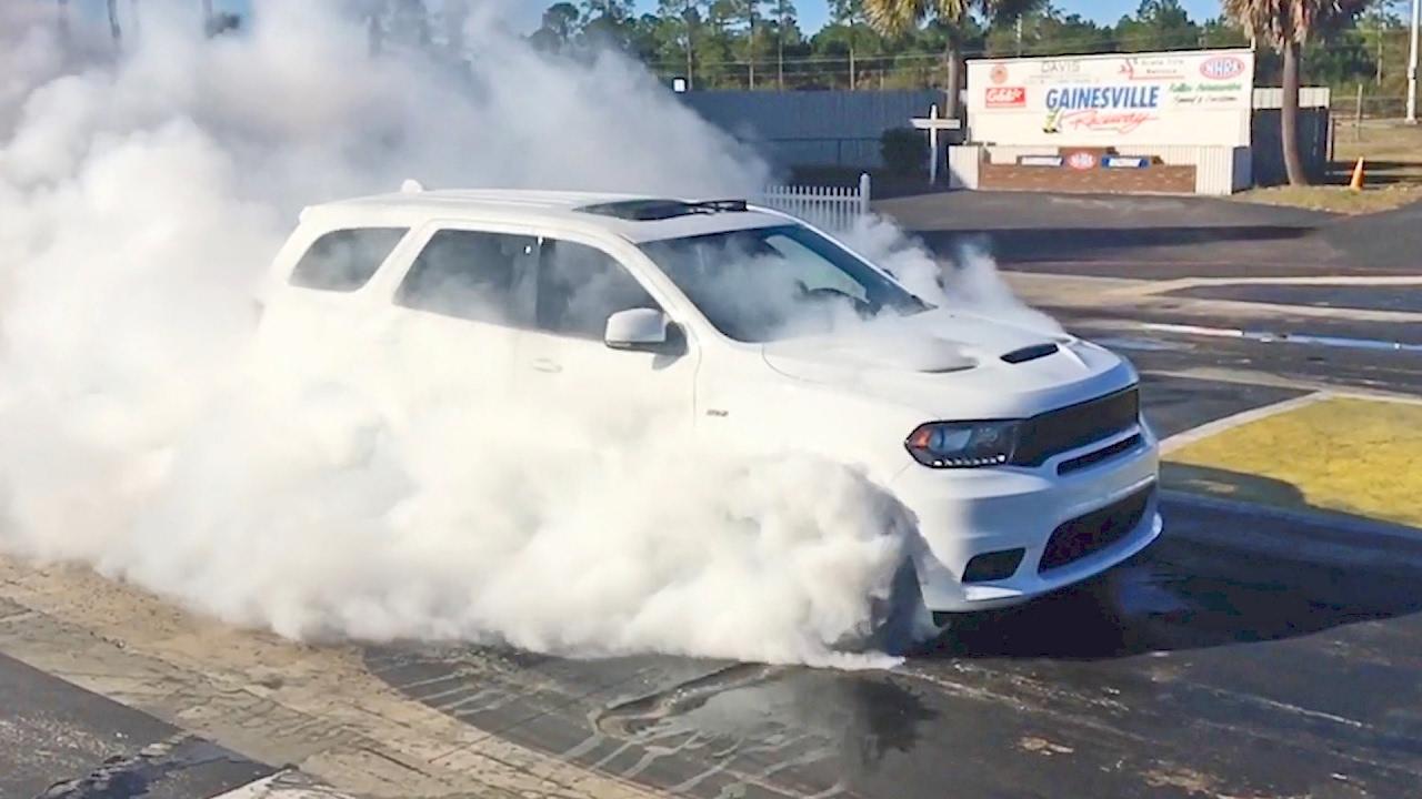 dodge durango srt burnout Dodge Durango SRT (1) Hot Burnout