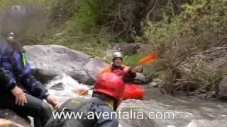Kayak aguas bravas en el rio Leza