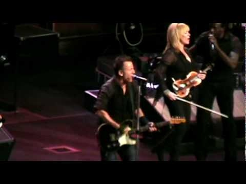 Bruce Springsteen - American Land - 2009/11/08 - Madison Square Garden NYC
