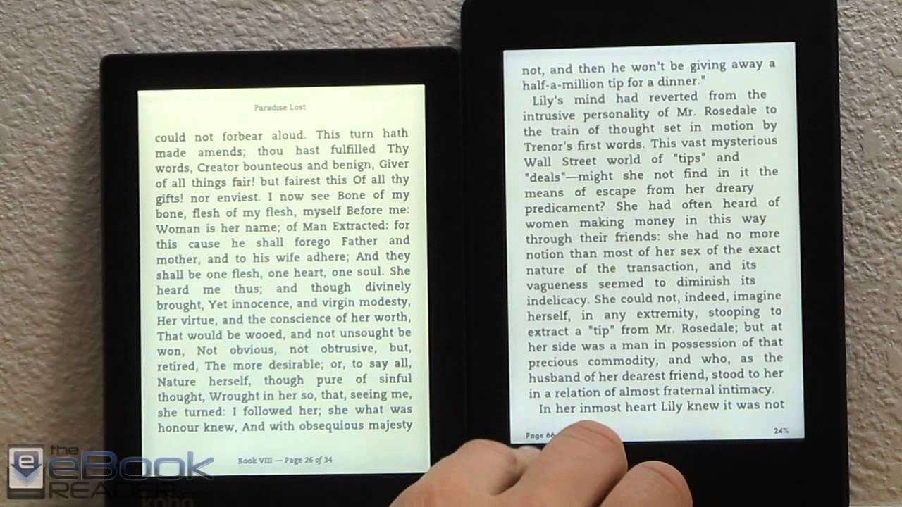 Kindle paperwhite 2 vs kobo aura comparison review youtube for Housse kobo aura h2o edition 2
