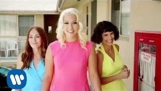 Amelia Lily - California (Official Video)