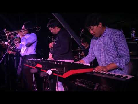 Skastra - Slonong Boy (Live)