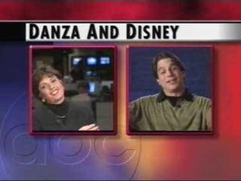Blooper: Tony Danza Pre Goes Wrong