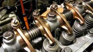 A型エンジンのロッカーアーム