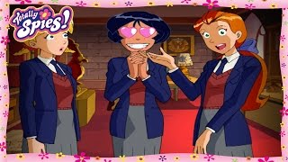 Alex's Archaeologist Crush | Totally Spies