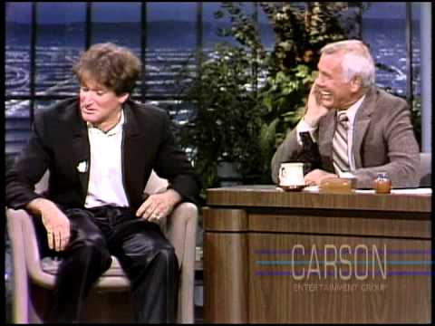 Robin Williams Crazy First Appearance on Johnny Carson's Tonight