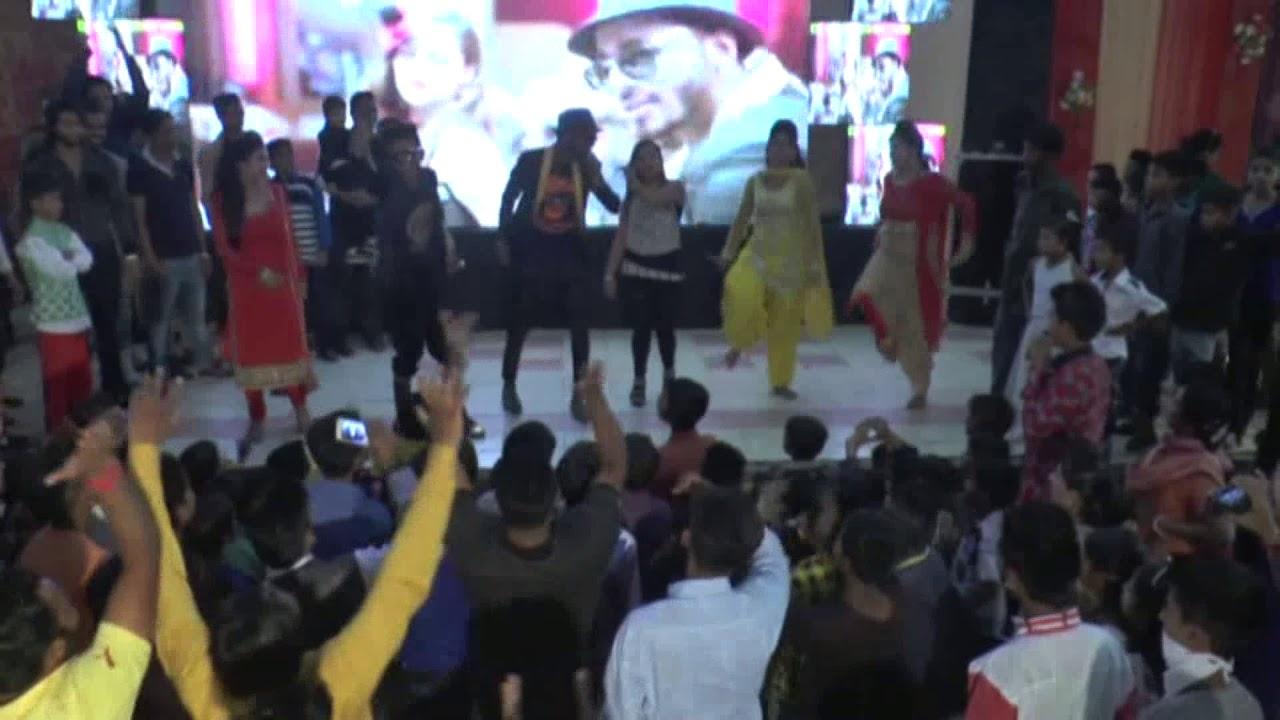 Shehzada Akash Dance On His Sister Wedding Song All Black