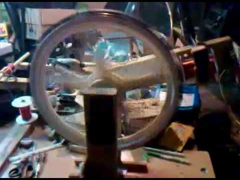 Bedini Motor Generator - YouTube