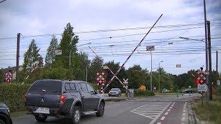 Spoorwegovergang Herentals (B) // Railroad crossing // Passage à niveau