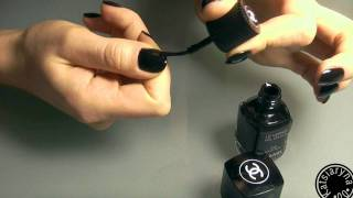 видео Маникюр с черным и белым лаками