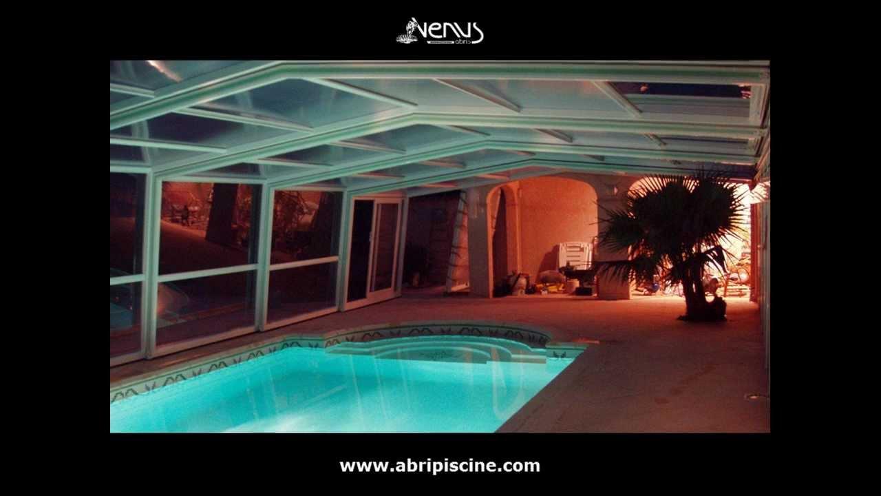 Abri de piscine mural abris venus international youtube for You tube abri de piscine