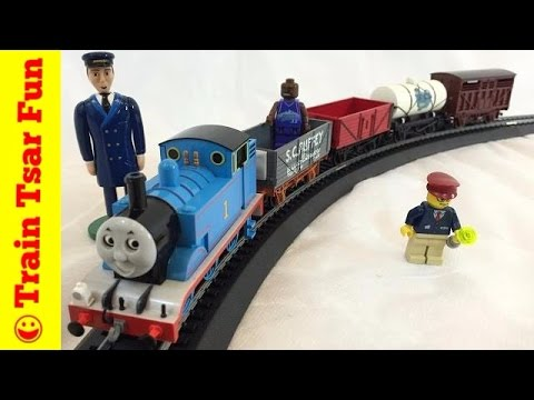 Modelling Railway Toy Train Scenery -Thomas' Fun with Freight Bachmann Electric HO Scale Toy Train Set