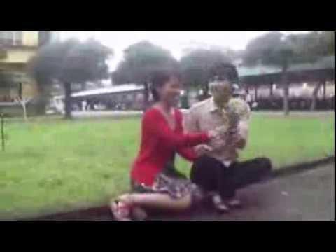 Clip Quay lén yêu nhau o công viên