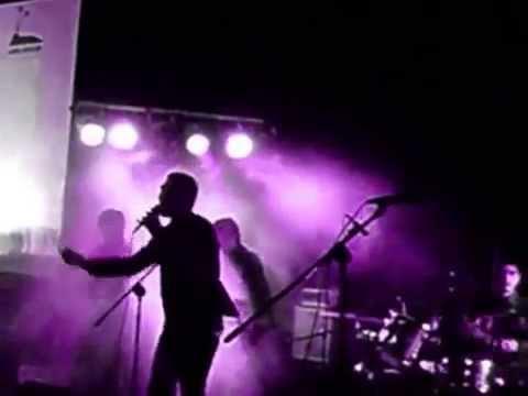 Dasrizal Daz in Osmosis Band records Lupakan Dia