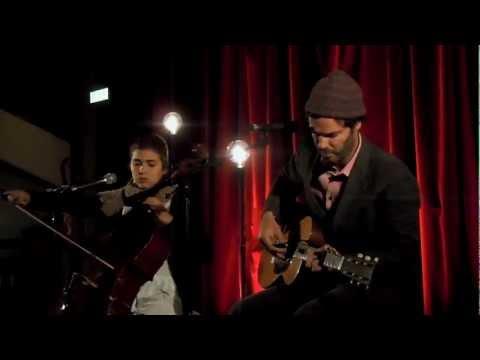 Piers Faccini / Dom La Nena - Fire In My Head Live in Paris 2012 mp3