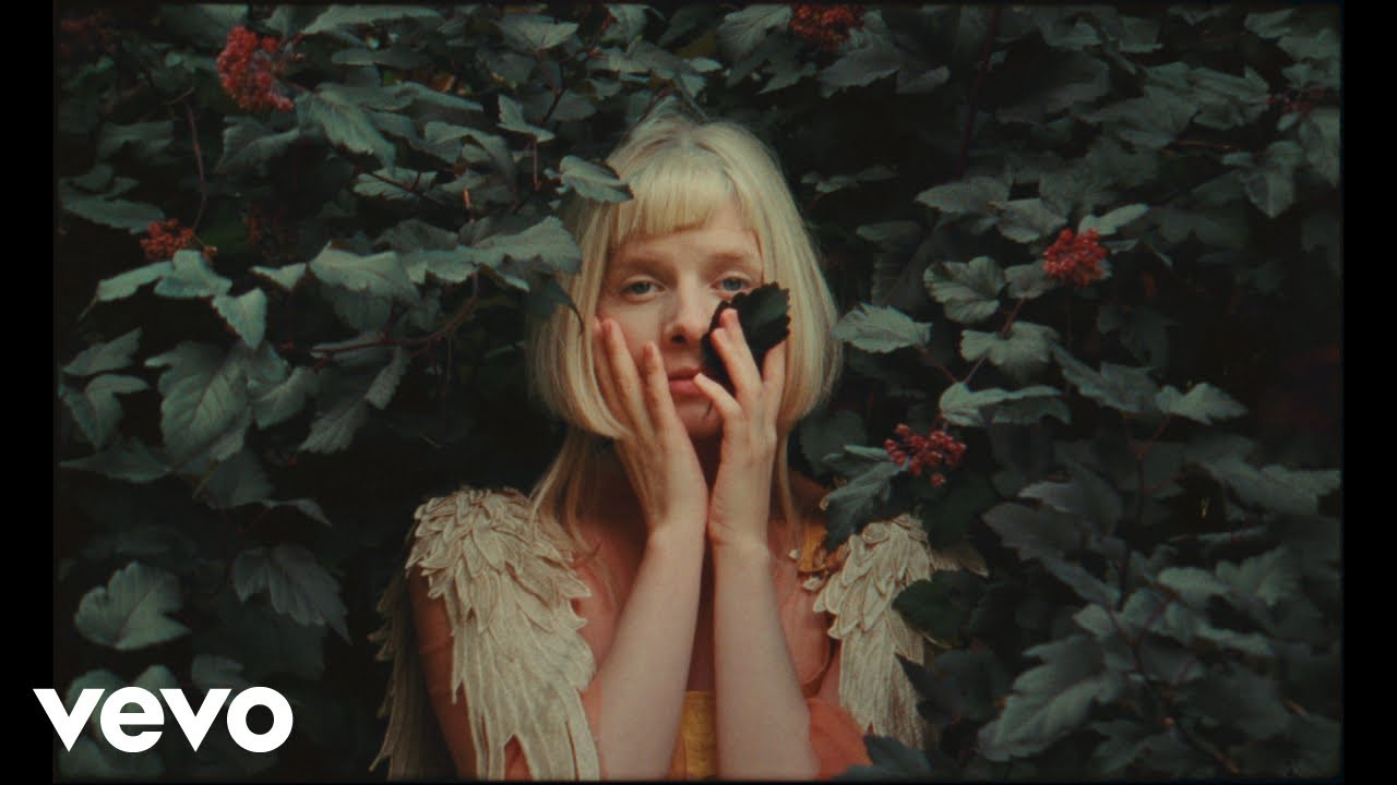Download AURORA - Giving In To The Love