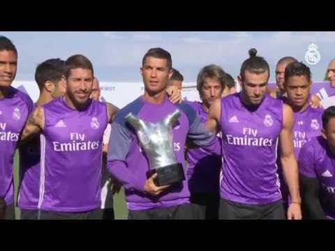 Cristiano Ronaldo shared his award for Best Player in Europe with his teammates