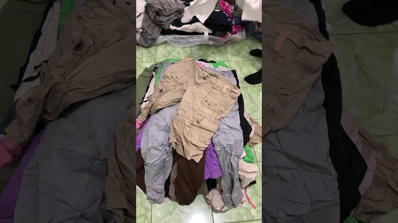 """เสื้อผ้ามือสอง  """"กางเกงผ้า 4-5 ส่วนหญิง""""  ป้ายเขียว"""