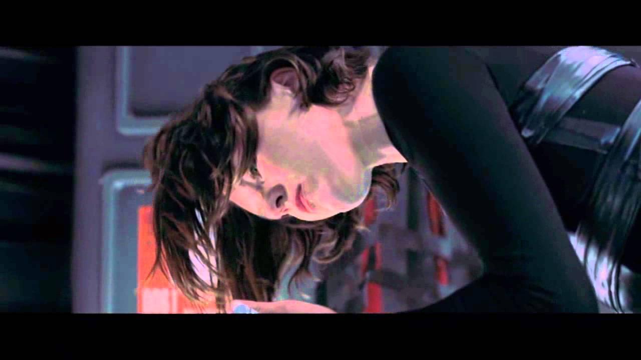 Resident Evil Afterlife Wesker And Alice 1st Scene Youtube