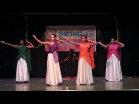 Baarisu Kannada Dindimava dance - Rajyotsava 2015