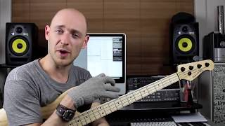 Learning Bass guitar Lesson with Scott Devine