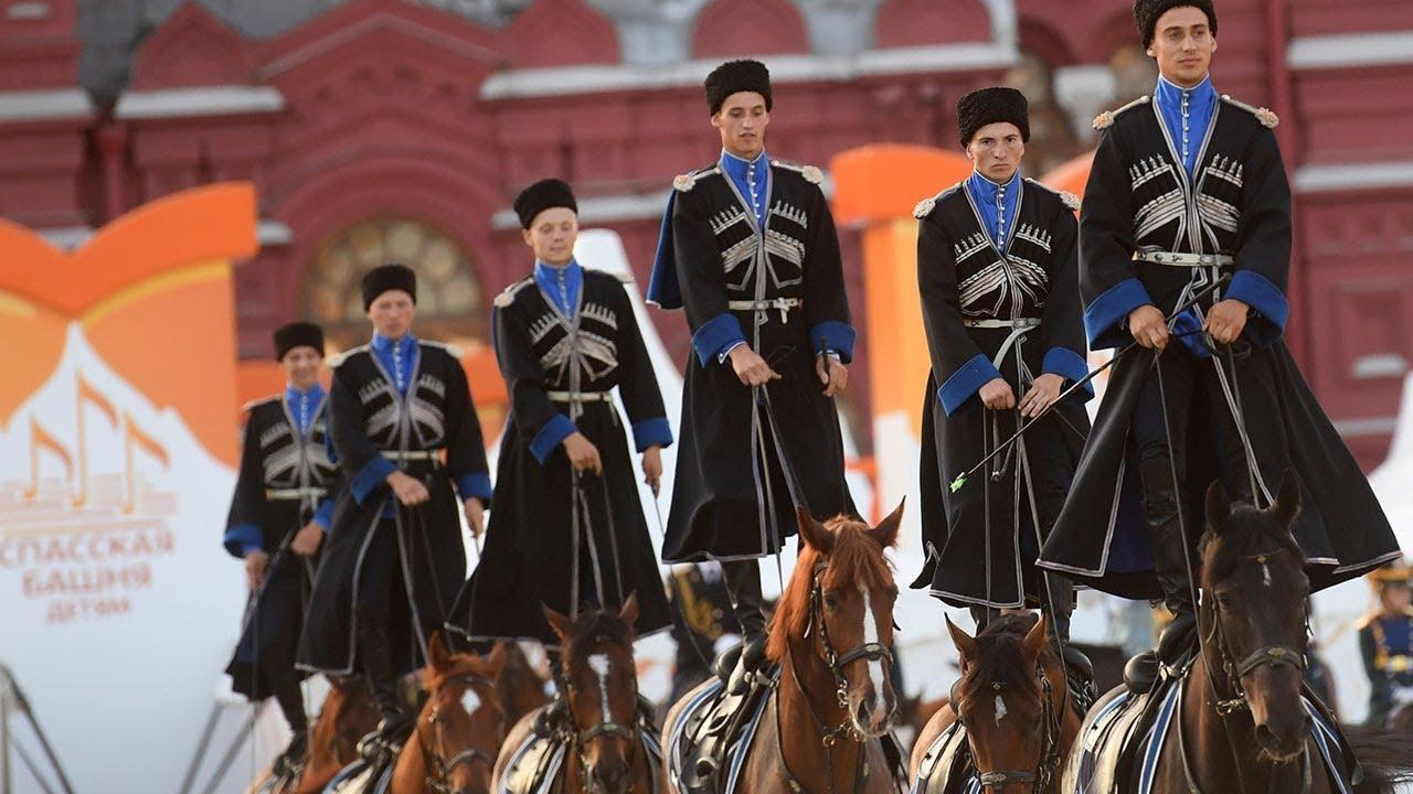 Кавалерийский почетный эскорт Президентского полка на «Спасской башне»