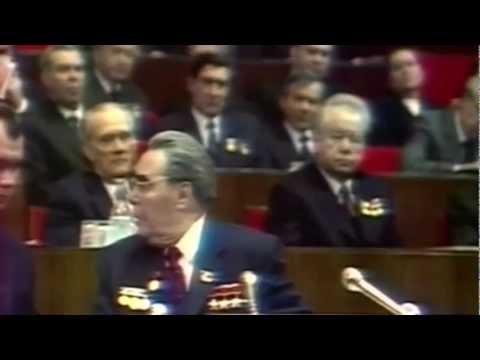 Л. И. Брежнев просит, что-то со спиртом