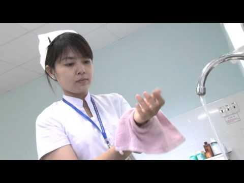 Rửa tay với xà phòng sát khuẩn va nước (Lifo Scrub)