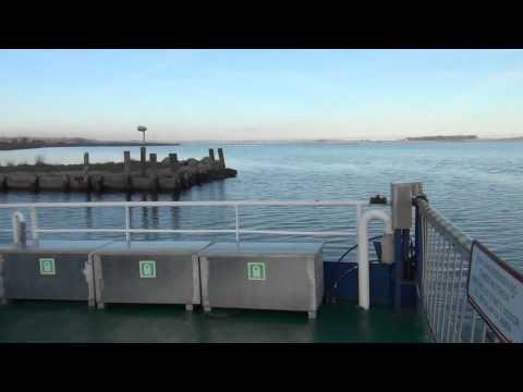 Ragna - Kabelfærgen på Randers Fjord (The Cable Ferry, Ragna,  on Randers Fjord)
