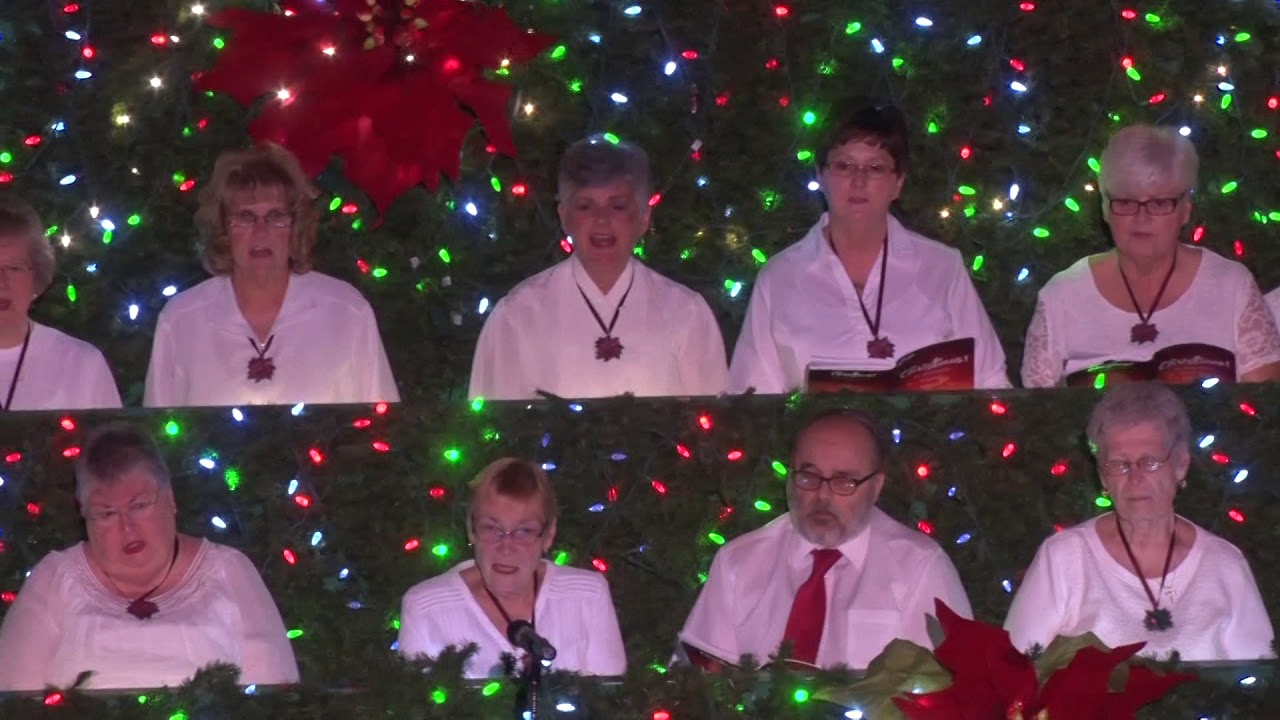 You Tuhe Hobe Sound Church Singing Christmas Tree 2020 Living Christmas Tree Choir 2018   YouTube