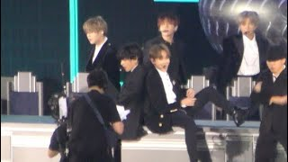 191204 BTS 방탄소년단 Dionysus V 뷔 Focus (4K) @ MAMA IN JAPAN