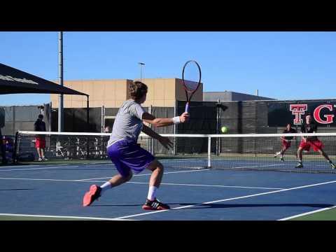No. 14 Men's Tennis takes on Abilene Christian
