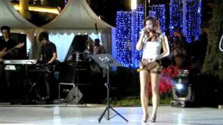 Agnes Monica - Allah Peduli at Central Park Mall Jakarta (26/11)