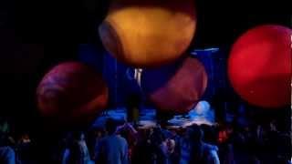 Снежное шоу Славы Полунина - Бал шаров