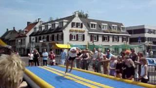 Jeffrey Wammes demo tijdens sport scoort te Etten-Leur